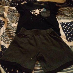 Cat & Jack astronaut shirt & black shorts 2T